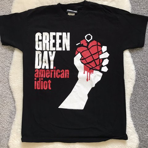 db5386078f GREEN DAY OFFICIAL BAND MERCH SIZE SMALL UK ONLY GRAPHIC - Depop
