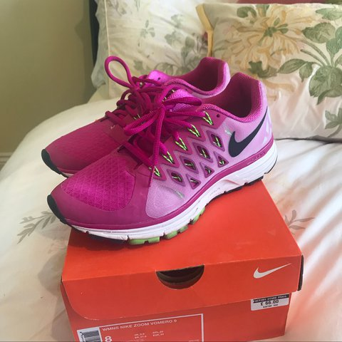 more photos 55c65 fe18e apow. last year. Grimsby, UK. Nike zoom vomero 9 womens ...