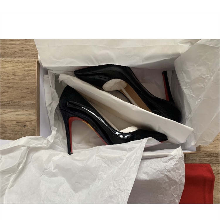 official photos a1f27 51ebe Christian Louboutin Pigalle 100 Patent Calf Pumps... - Depop