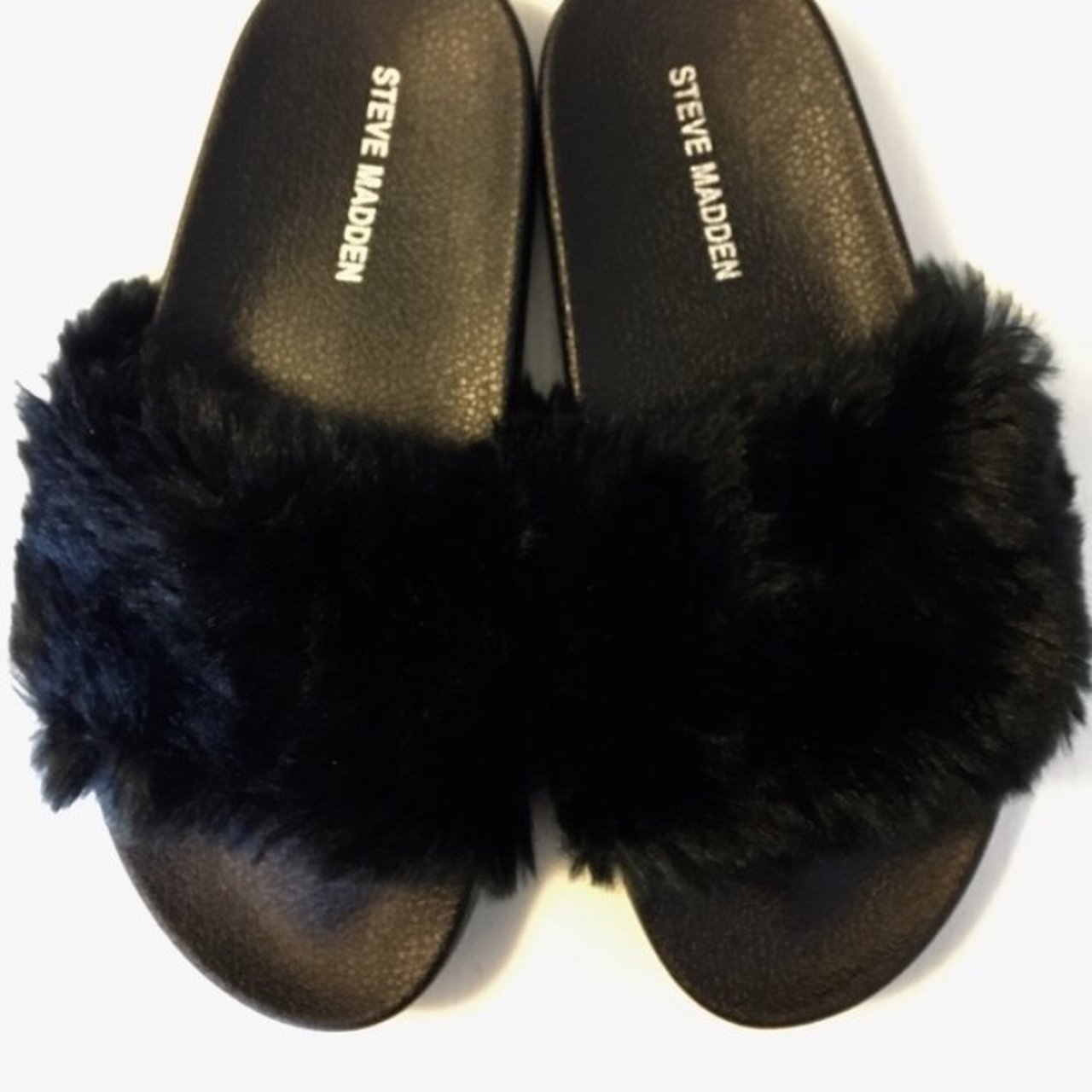be4bac43c5e Black Steve Madden Faux furr slippers -Never been worn not - Depop