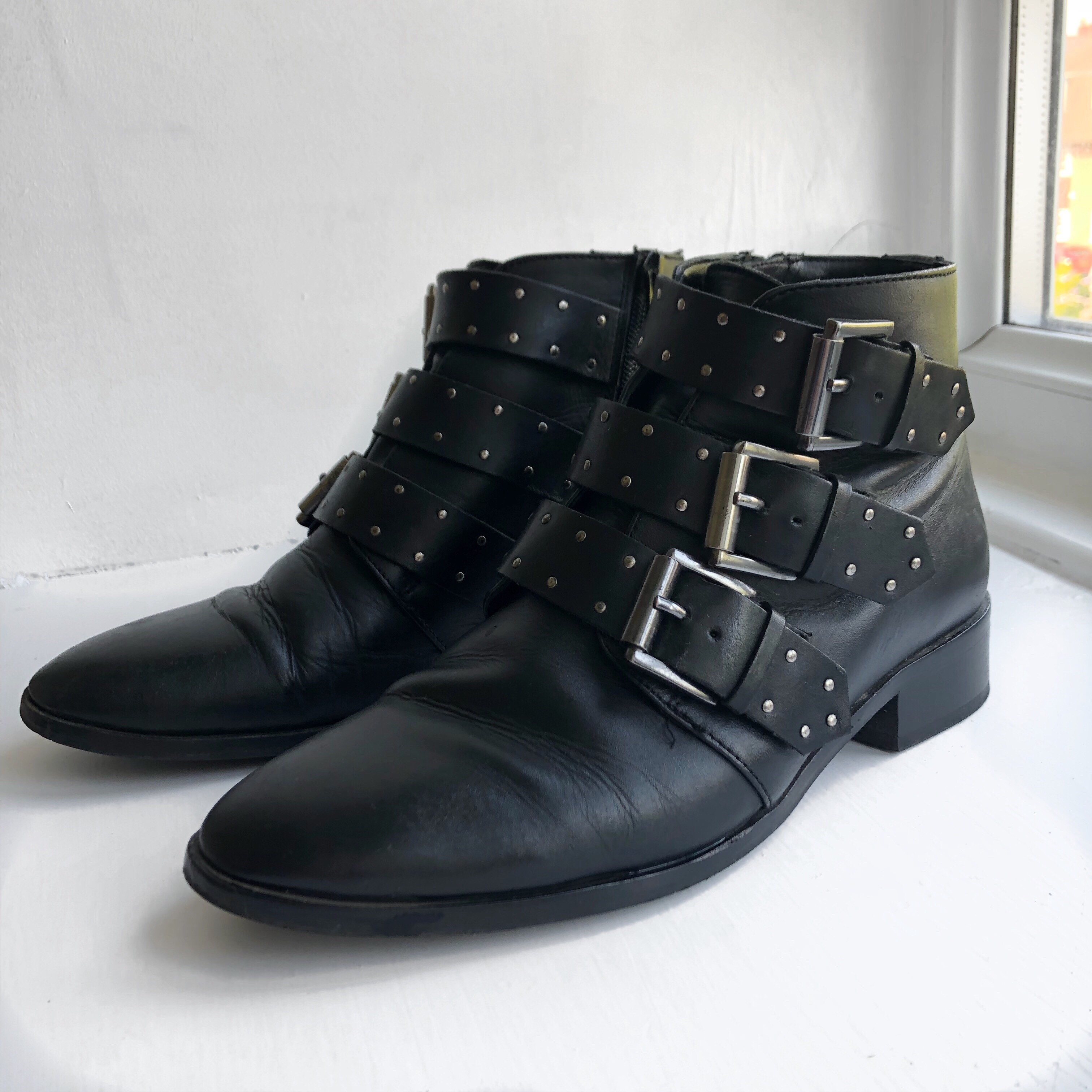 2b3877268b7 ASOS ASHLEIGH Leather Studded Ankle Boots. UK 5/EU... - Depop