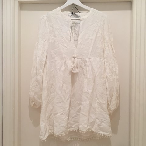6eebc8cc BRAND NEW WITH TAGS: Zara off white dress. Embroidered. Open - Depop