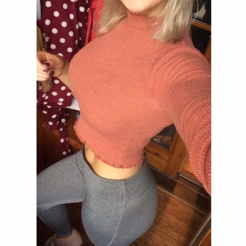 1420b14d @donna_masterson. 9 months ago. Athlone, Ireland. Forever 21 burnt slightly  cropped long sleeve high neck top. 🔸Has little frill ...