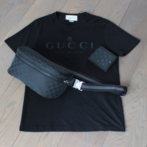 4a0e24f078f7 Gucci black logo tee Size : M Condition : brand new with are - Depop