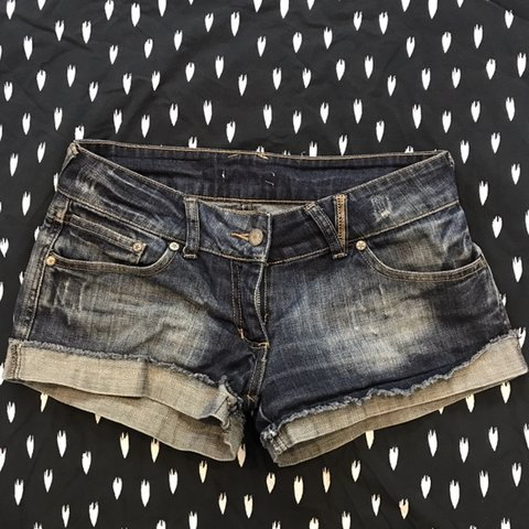 39600719 Excellent denim shorts size 6. Bundle this with some other - Depop