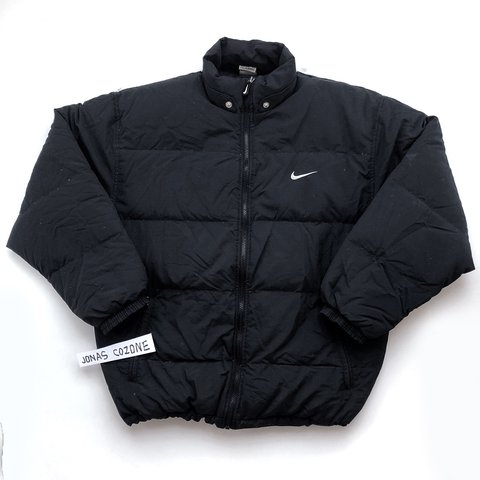 57c3a1e88d Vintage 1990s nike puffer jacket. Size M8-10 on size label