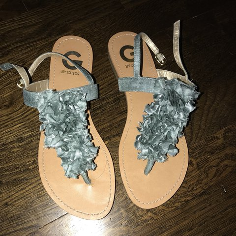 0d55433b66ab really cute sandals from Guess! 🛸 tags sandals summer - Depop