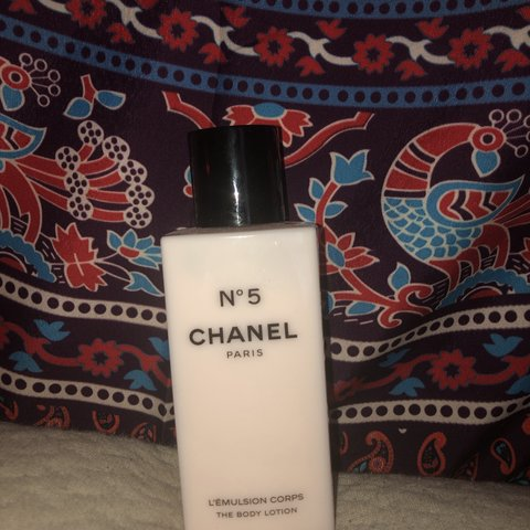 99504624230 N5 Chanel Paris body lotion. Never used only opened for This - Depop