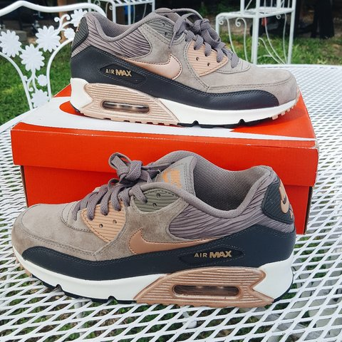 huge selection of 76330 53144 VNDS Nike Air Max 90- 0