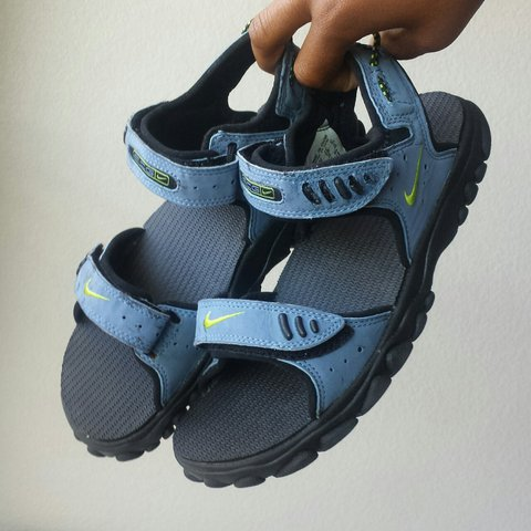 bfc26e49ddff24 Never been worn cool blue Nike velcro sandals from the early - Depop