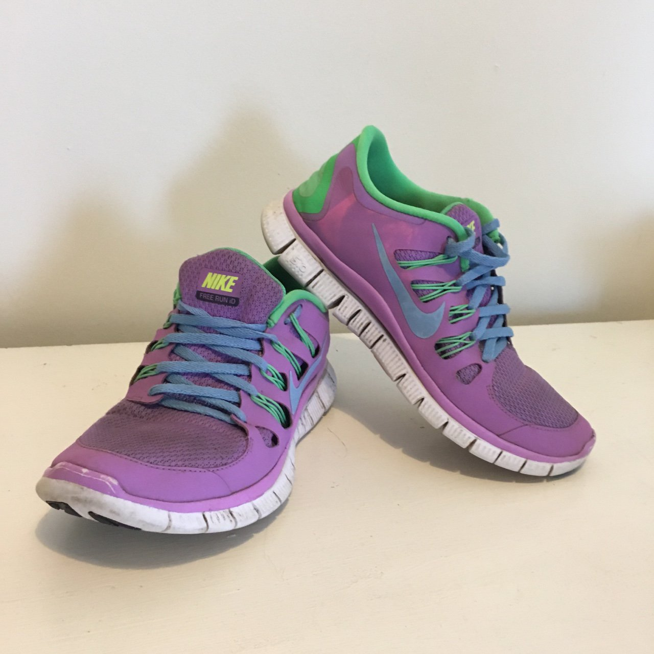huge discount 8fc4c 0cd0d Nike Free Run Trainers   free runners Purple with blue laces - Depop