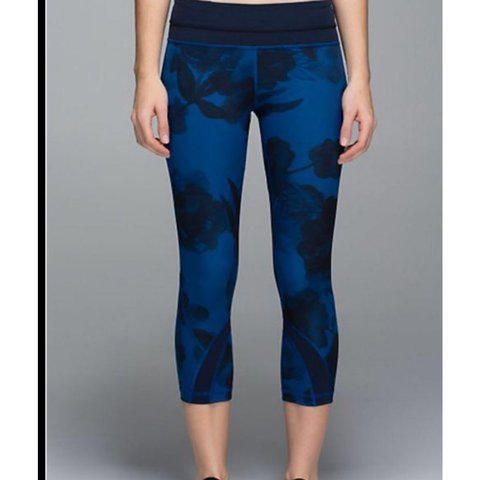 3a5c7454cf @kkaylapacheco. last year. Irvine, United States. Lululemon capri blue and black  print leggings! In amazing condition only wore 3 ...