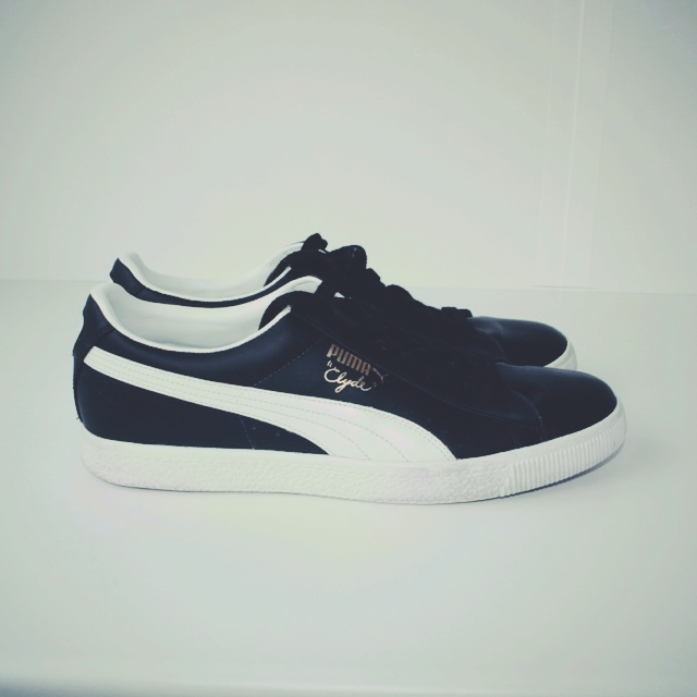 new concept fc1d7 f16b5 Puma Clyde black and white leather. Only worn a... - Depop