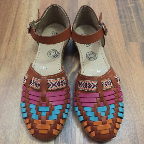 30916a5e2fc4 Colorful huaraches from Mexico. The gorgeous huaraches can - Depop
