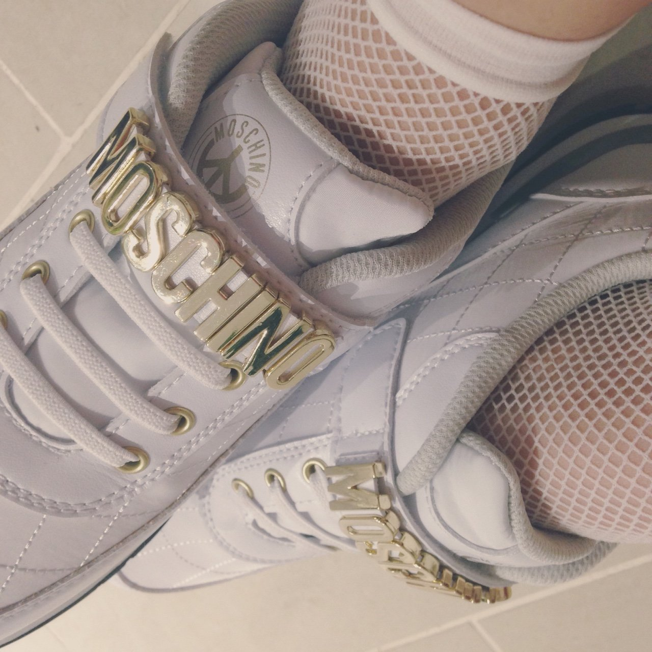 White moschino trainers! Only worn out once or twice!  dior - Depop 97c79a735
