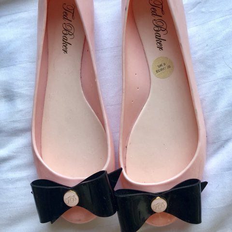 d5416fb50c18 Genuine Ted Baker pink jelly shoes! Very cute and perfect as - Depop
