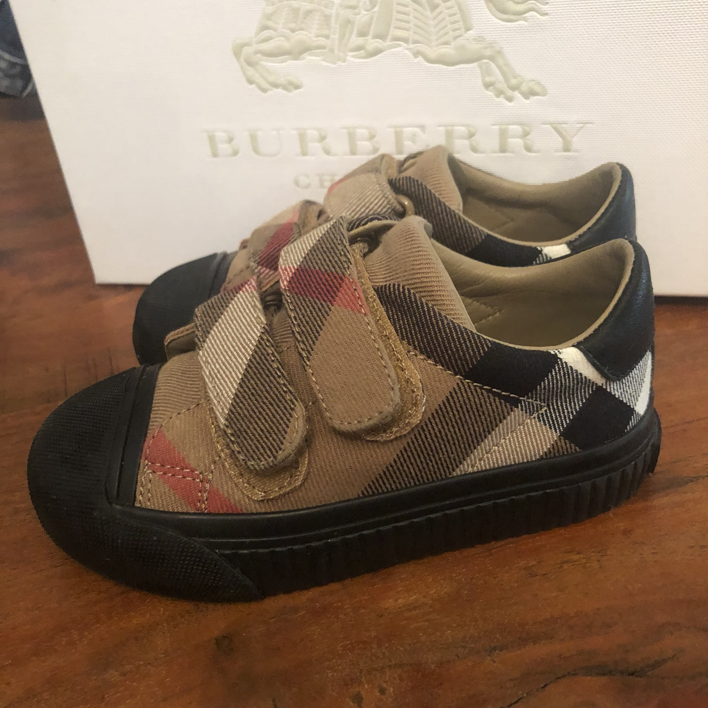 Burberry kids unisex trainers shoes