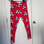 f3eff3b78b5e5 NWOT Lularoe heart Valentine's Day Leggings Red Pink heats. - Depop
