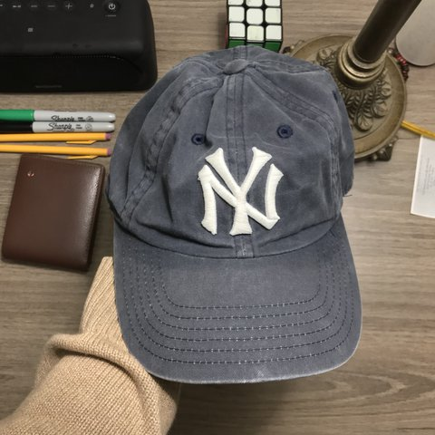 897366864e Faded Yankee Hat 👑👑👑 •True Fade •Adjustable •No Rip - Depop