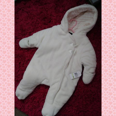 3684595e2278 New Nautica baby girl snow suit. Size 3 6 months with Very
