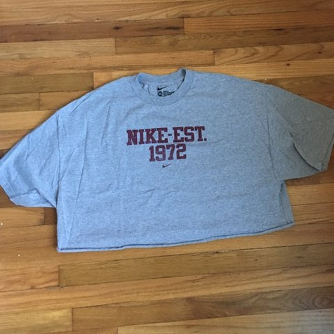 151134f74 @skychesterfield. 6 months ago. Savannah, United States. Nike gray  crop/cropped tee shirt in men's 3XL ...