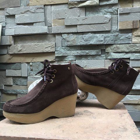 092e7ee37 💋Tommy Hilfiger women s 6 M Ankle boot brown 3.25