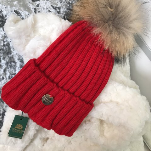 cf64a4e1 @dia_b. 11 months ago. United Kingdom. Holland cooper. Hat with pompom.  Bran new still used once. Great condition. Ignore Zara ...