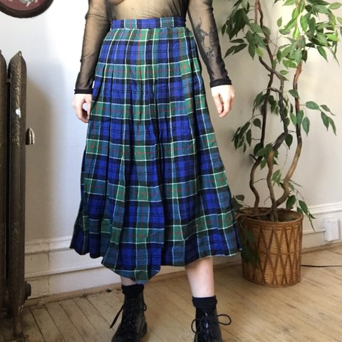 90s Ghost Plaid Blue And White Flannel Wrap Maxi Skirt 1990s Grunge Grey Y2k Warm Size 6 8 Oversize Goth