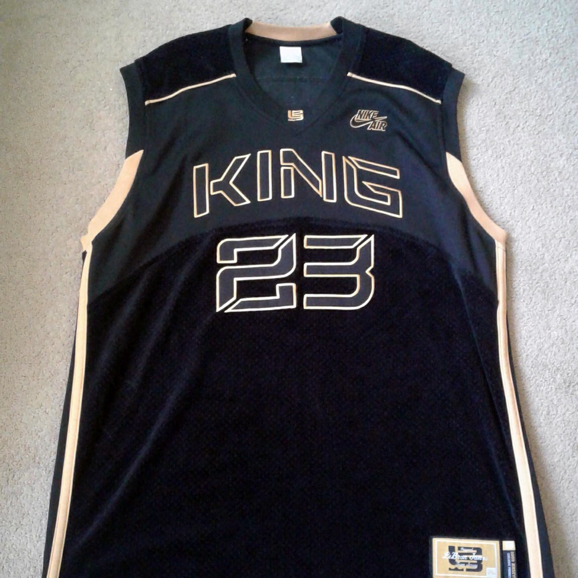 timeless design 731e1 f4b60 NIKE AIR KING LeBron James Exclusive Jersey Size:... - Depop