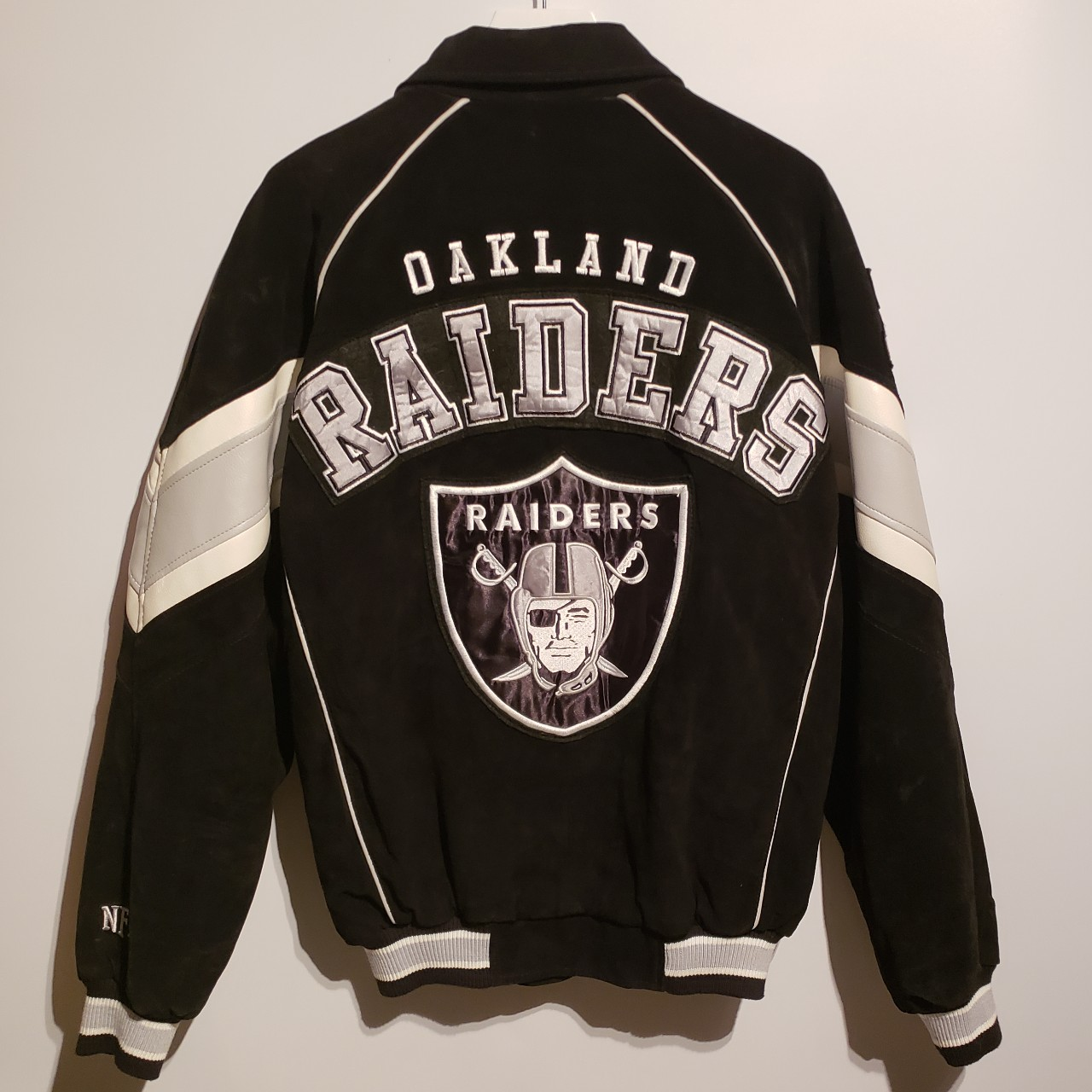 b1c59f406 Vintage Oakland Raiders Jacket. Absolutely gorgeous... - Depop
