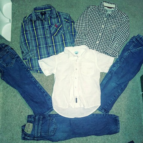 2528cd06 ix piece Lot/Bundle of dress up polo shirts and jeans all a - Depop