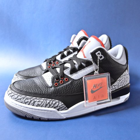 7a922473479a DS NIKE AIR JORDAN 3 RETRO OG BLACK CEMENT SIZE 9.5 2018 - Depop