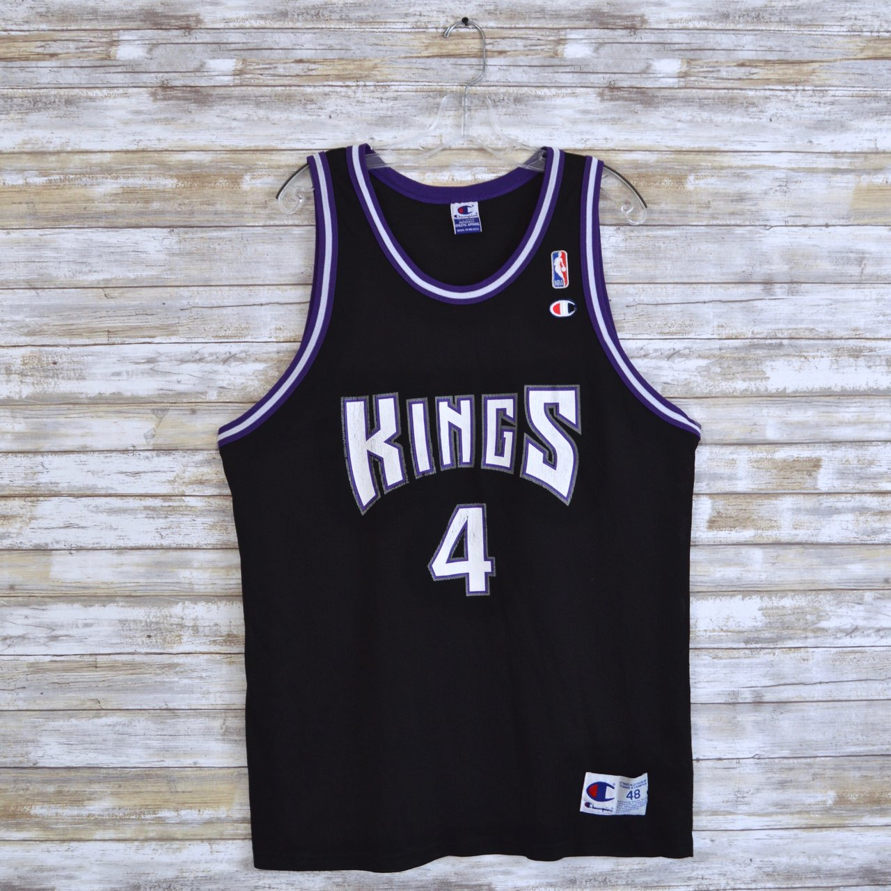 cc5fd6feeeb6 Vintage NBA Sacramento Kings Jersey Chris Webber Champion XL - Depop