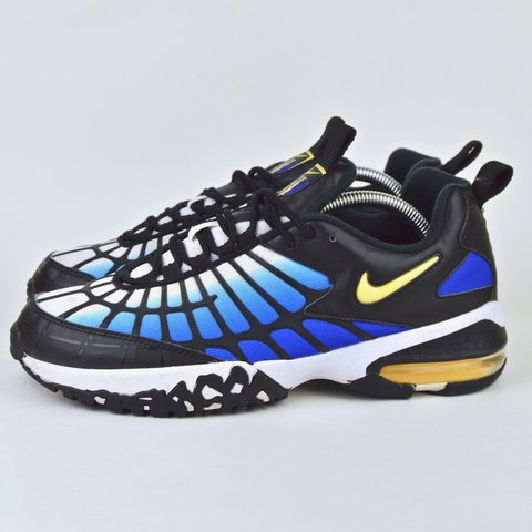 2373a066a2c5d 2015 Men s Nike Air Max 120 Hyper Blue Chamois Black White a - Depop