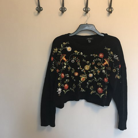 ac9f2e51f1a Slightly cropped floral embroidery jumper! Orange