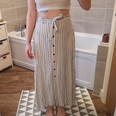 c2a2a09e65 @nataliemjs. 4 months ago. United Kingdom, GB. Striped linen maxi skirt.