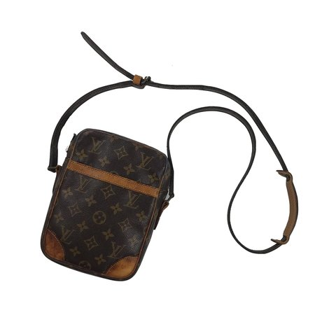 793f0a98b9f5 Louis Vuitton monogram Danube side bag. Cross bag shoulder - Depop