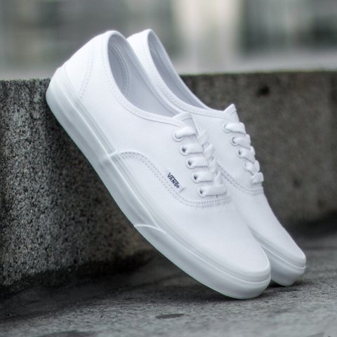 52539a48b @shaylene. 11 months ago. ʻAiea, United States. BRAND NEW Vans Authentic  True White Shoes