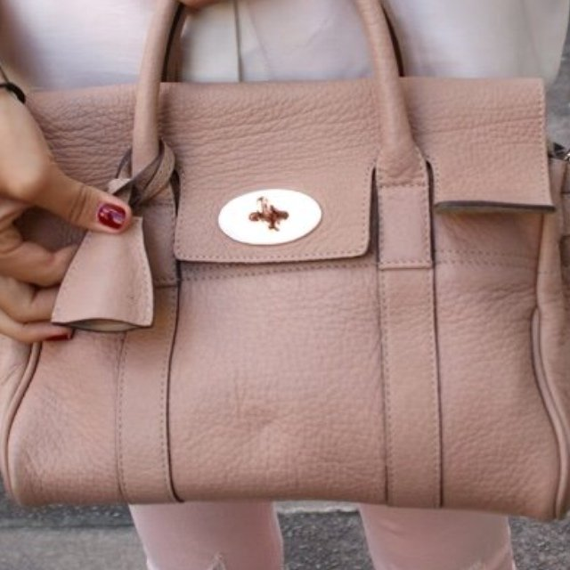 9911fab9278 Nude Mulberry Bayswater. 100% Lovely soft leather- excellent - Depop