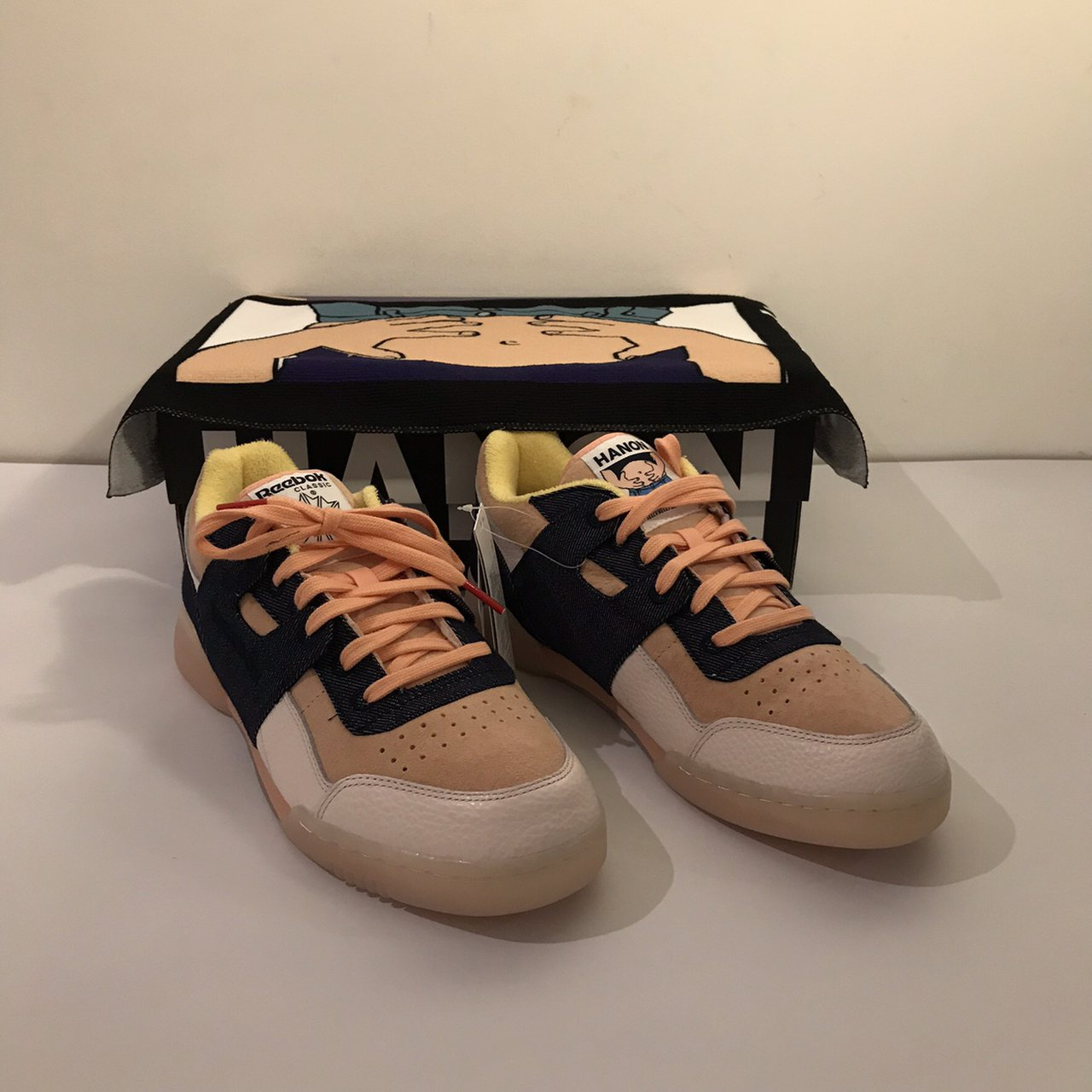 "Hanon x Reebok workout lo plus ""belly s gonna get you"" brand - Depop f039cec93"