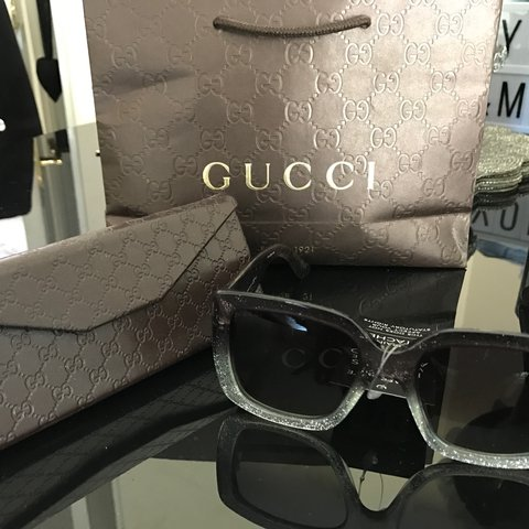 3912af3d8d4 Gucci Oversized Sunglasses - black silver ombré with glitter - Depop