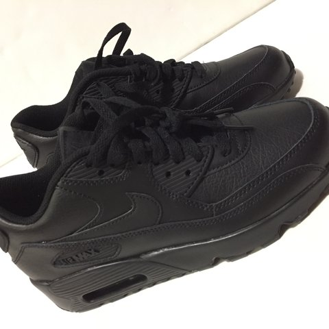31b5b35f66 @ibnsabir. 2 years ago. Long Beach, United States. Boys Nike air max 90, size  6, new without box.