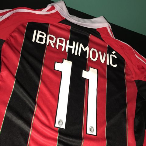 AC MILAN Zlatan Ibrahimovic Jersey Size- L Condition AC and - Depop 373fdf582