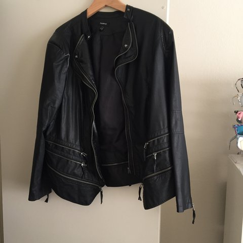 5cc2cdfb0af Torrid Size 4 faux leather jacket with zip detailing. one on - Depop