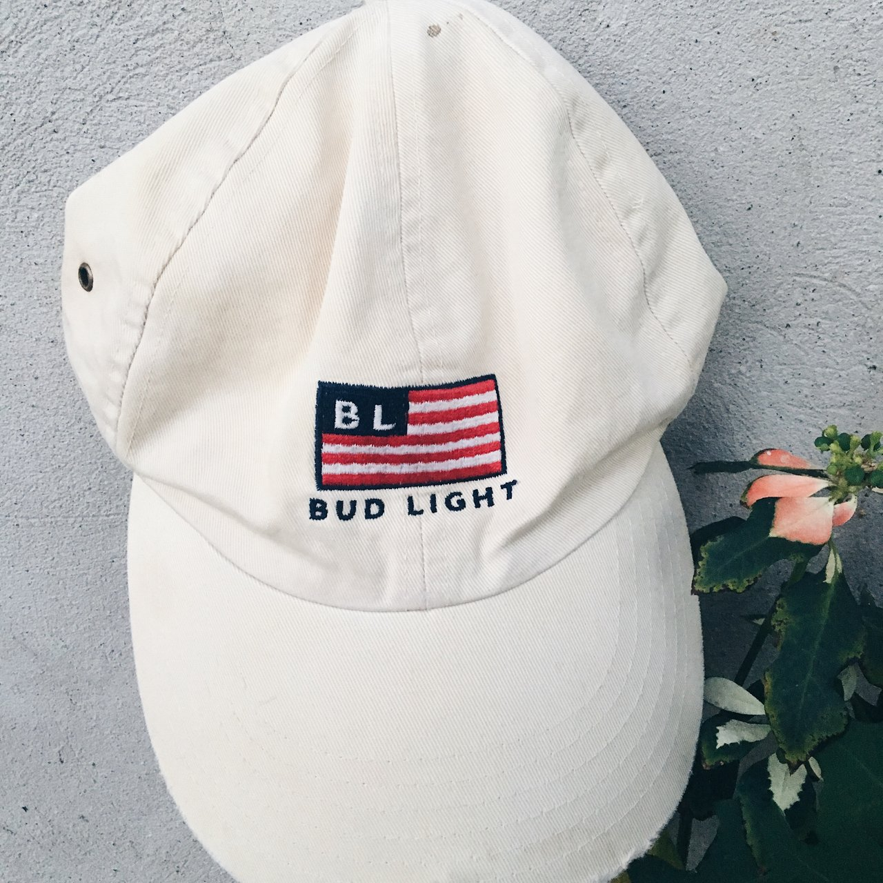 46867438b2e 🚨FREE SHIPPING🚨 Low price Bud Light beer American Flag Hat - Depop