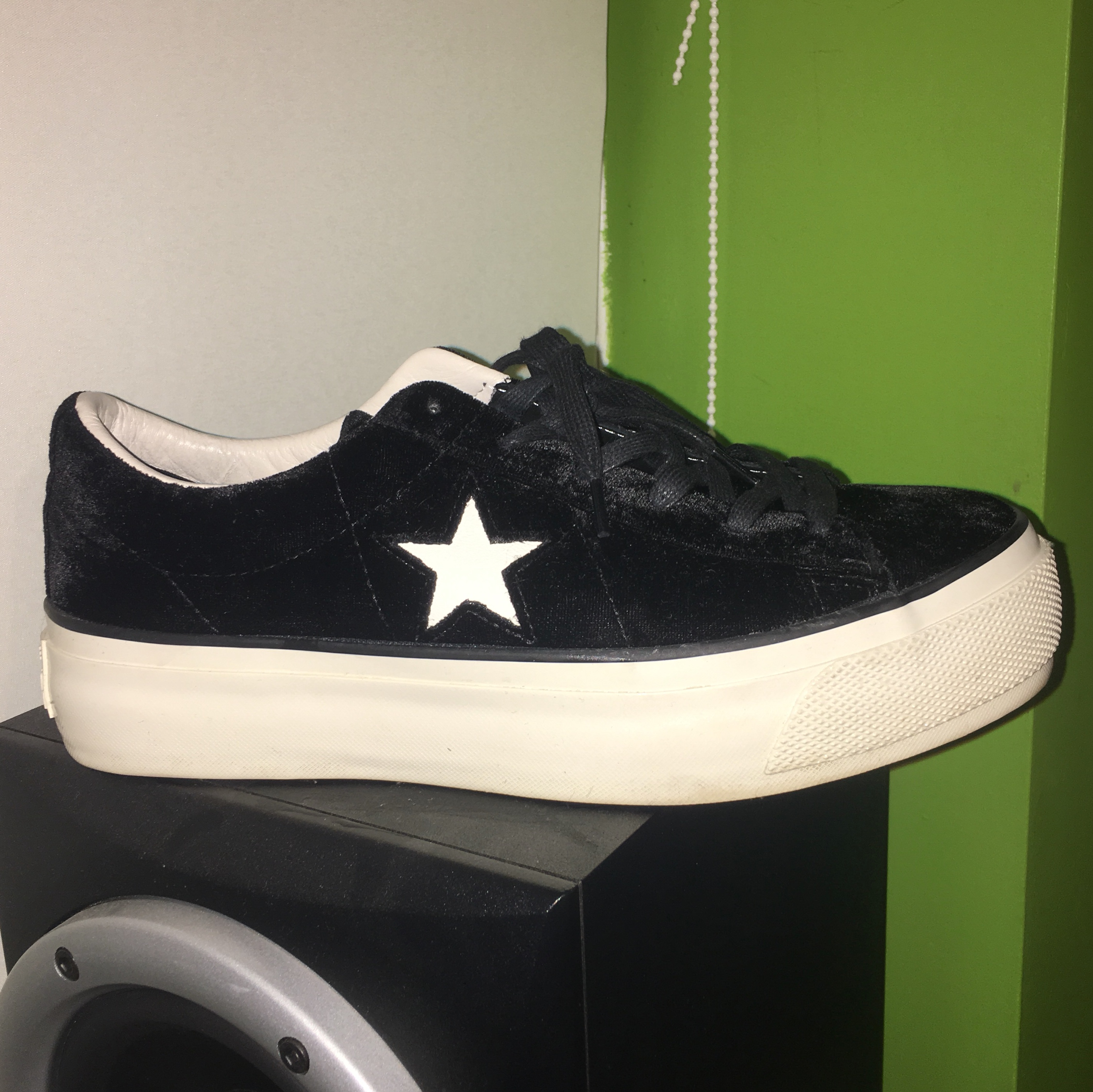 bd1bf7eab54bc1 CONVERSE ONE STAR PLATFORM OX IN BLACK - SIZE 7 WOMENS NEED - Depop