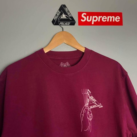 22feedc3689357  cracked. 5 months ago. United Kingdom. Palace Grand Master Tee. Cherry Red.