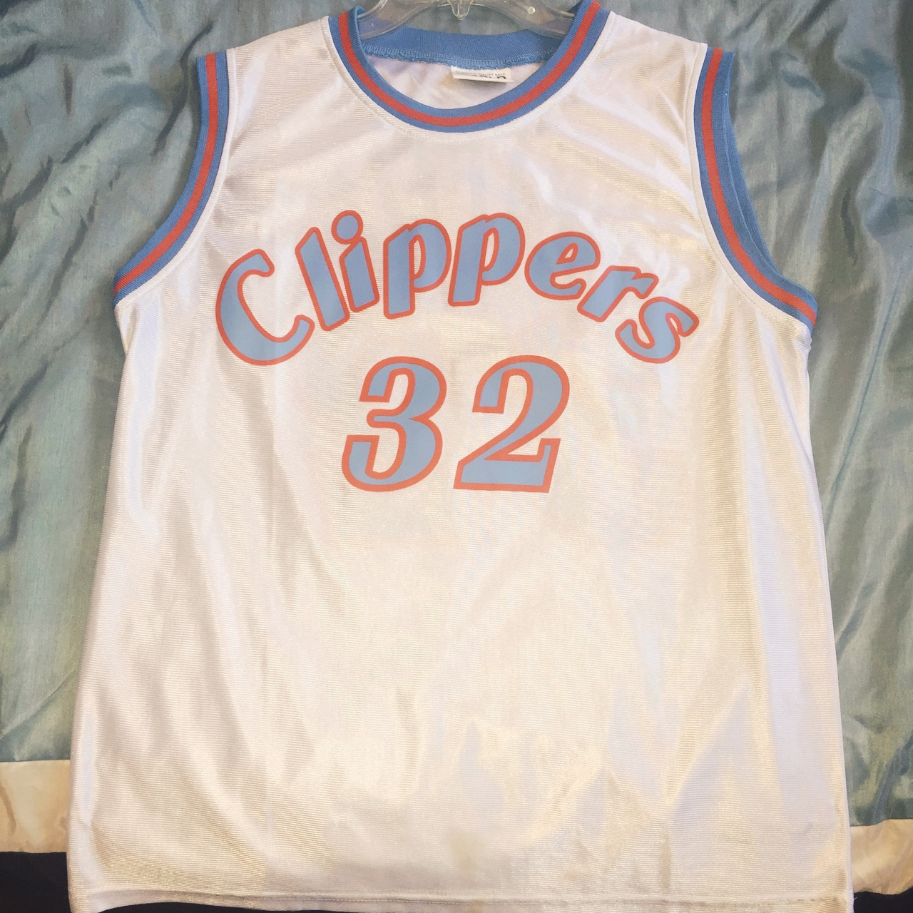 best website 1bc73 f0d4e LA Clippers Blake Griffin Throwback Jersey SIZE: M - Depop