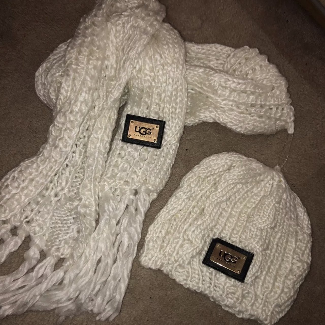 97908529e01 FAKE UGG cream hat   gloves. Never worn - Depop