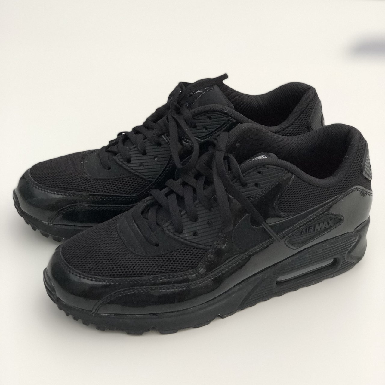 best sneakers ca2f4 787c9  hollyclements91. 9 months ago. Bedford, United Kingdom. Nike Air Max 90 ...
